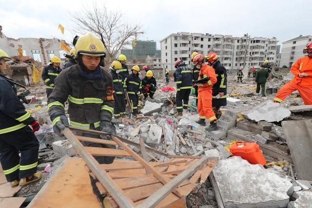 Explosão em fábrica deixa dois mortos e 30 feridos na China (Crédito: REUTERS/Stringer)