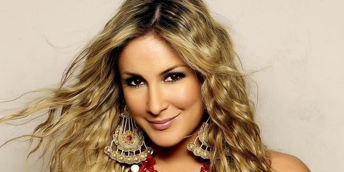 Claudia Leitte é condenada a pagar R$382 mil para ex-guitarrista