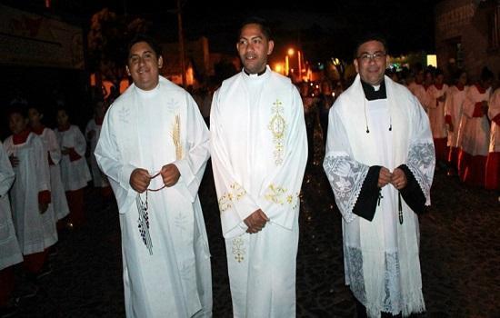 Procissão marca início do festejo de Nossa Senhora da Conceição