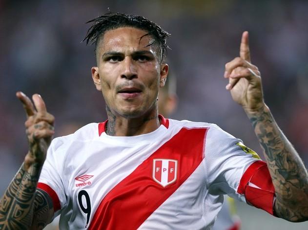 Guerrero é pego no antidoping em jogo do Peru nas eliminatórias
