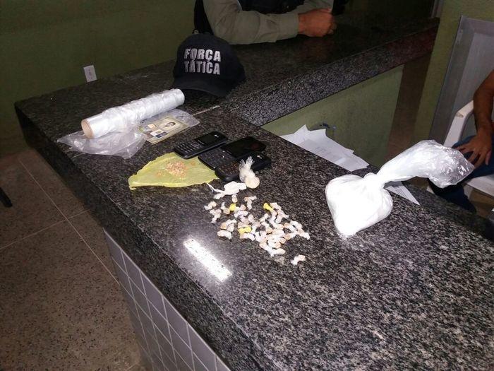 Polícia Militar estoura boca de fumo e prende traficante no PI (Crédito: Polícia Militar)