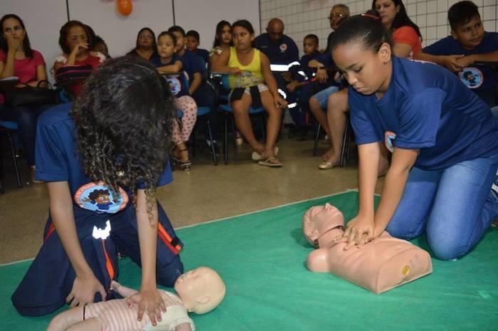 Crianças participaram de curso de 50 horas (Crédito: Reprodução )