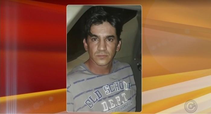 Jonathan Pereira do Prado estava foragido de penitenciária e confessou o latrocínio da jovem Kelly Cadamuro (Crédito: Reprodução)
