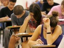 Faltando um dia para o Enem, embate judicial preocupa estudantes