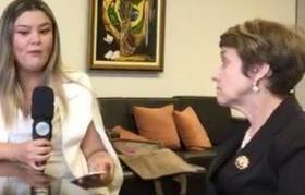 Samantha Cavalca entrevista a ministra Delaide Arantes