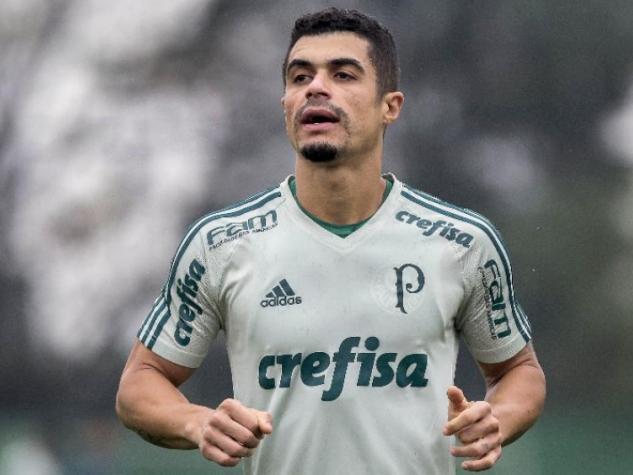 Egídio é multado pelo Palmeiras após xingar torcedor no aeroporto