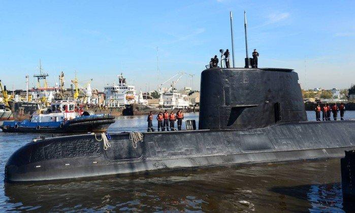 Argentina só decretará morte de tripulantes após ter foto de submarino