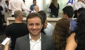 Prefeito de São Pedro do Piauí participa de encontro com ministro d