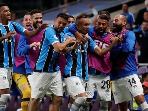 Com gol na prorrogação, Grêmio garante vaga na decisão do Mundial