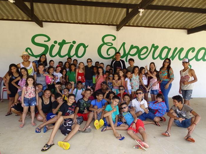 Grupo de crianças do SCFV de Jatobá do Piauí (Crédito: Tony Sobrinho)