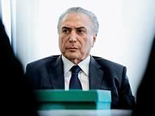 Temer não recebe alta e posse de ministro é adiada, diz Planalto