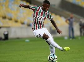 Torcedores do Flamengo atingem  joelho operado de jogador de rival