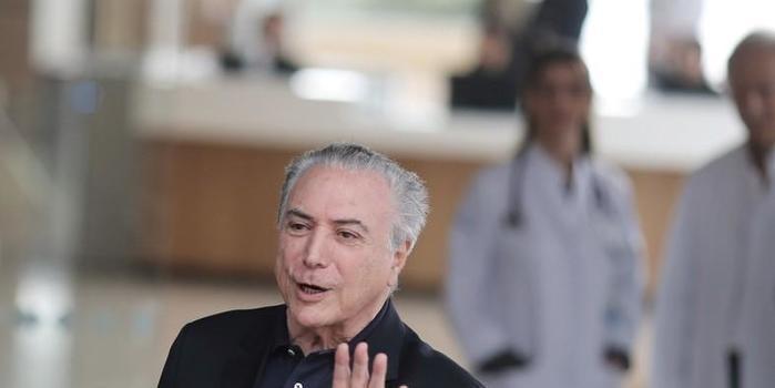 Michel Temer recebe alta após passar por cirurgia de desobstrução