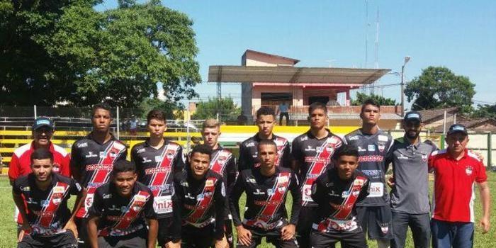 River empata com bolivianos e avança para a semifinal de Torneio