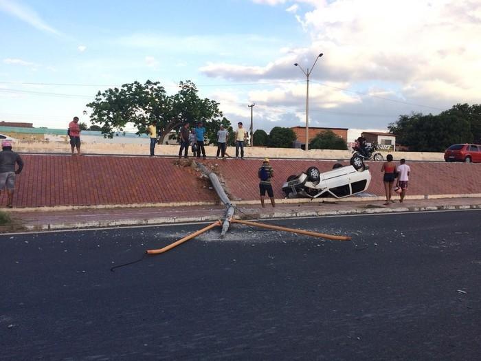 Motorista deixou o local sem ser identificado  (Crédito: Reprodução)