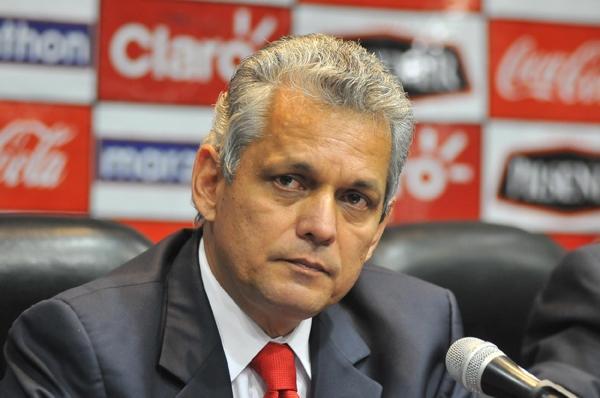Podendo perder Rueda, Fla tem interesse em ex-técnico do Independiente