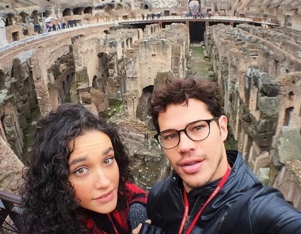 José Loreto e Débora Nascimento (Crédito: Reprodução )