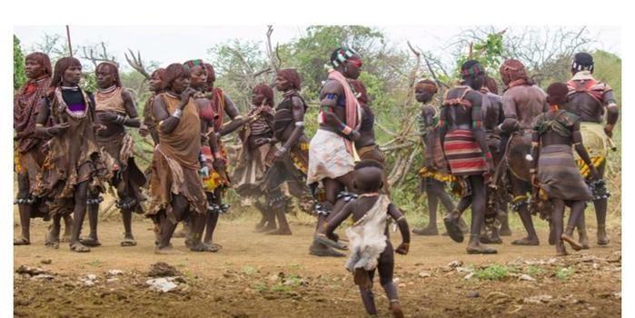 """""""Africanamente: o que vivi e aprendi como voluntário na África"""""""