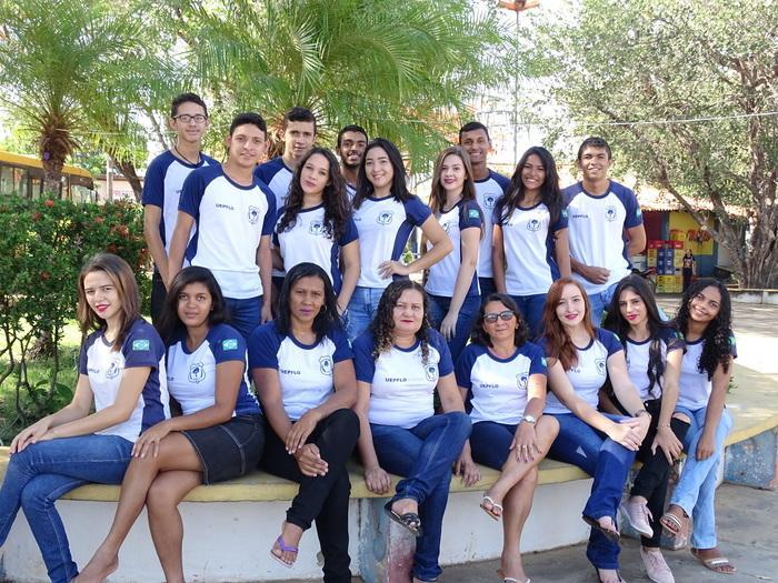 Turma do 3o. ano da escola professor Francisco Luis de Jatobá do Piauí (Crédito: Tony Sobrinho)
