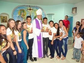 Bispo Dom Francisco de Assis visita comunidade rural de Jatobá