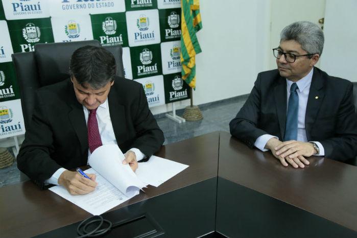 Acordo entre o Estado e o BB foi assinado nesta quinta-feira (21) (Crédito: Jorge Bastos)