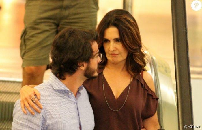 Túlio Gadêlha ao lado de Fátima Bernardes (Crédito: Agência News)