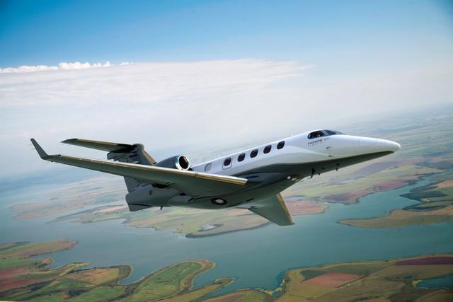 Avião da empresa Embraer