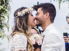 Mayra e Arthur discutem com internautas sobre casamento do casal