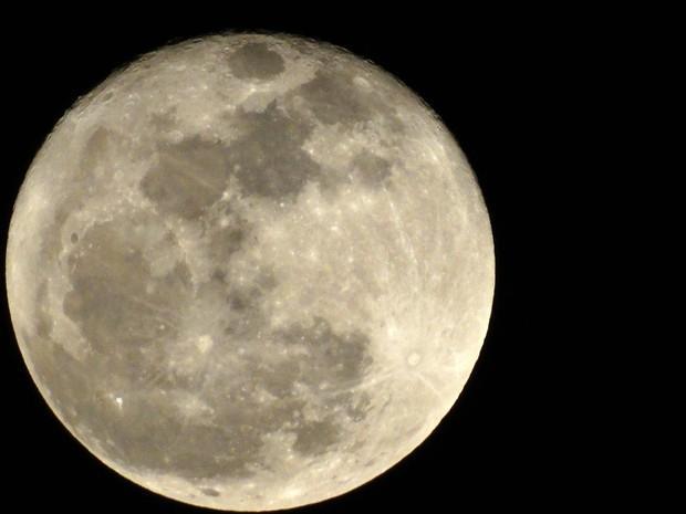Última Lua Cheia do ano estará mais próxima da Terra (Crédito: Getty)
