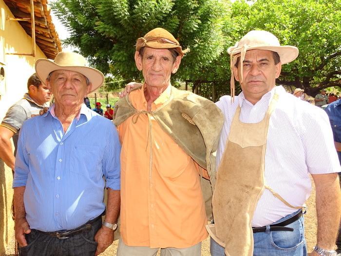 prefeito municipal Zé Carlos e seu pai Zé Bandeira e Antonio Filho (Crédito: Tony Sobrinho)