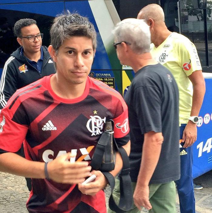 Argentino só atuou por 27 minutos pelo Flamengo (Crédito: Reprodução )