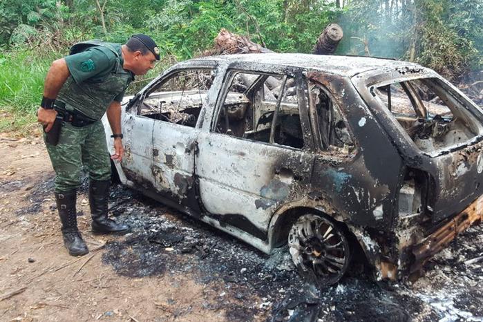 Veículo onde estava o corpo do piauiense (Crédito: Rapidonoar)