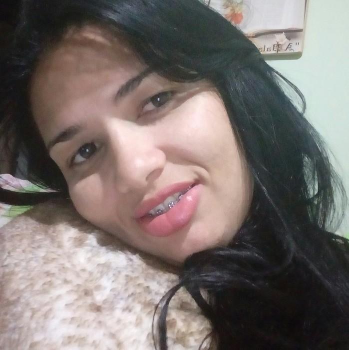 Simone foi morta a facadas pelo ex-marido em Osasco (SP) (Crédito: Arquivo Pessoal)