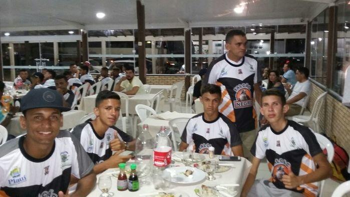 Atletas de Jatobá e grupo Falcão Negro de Campo Maior-PI (Crédito: Grupo Falcão Negro)