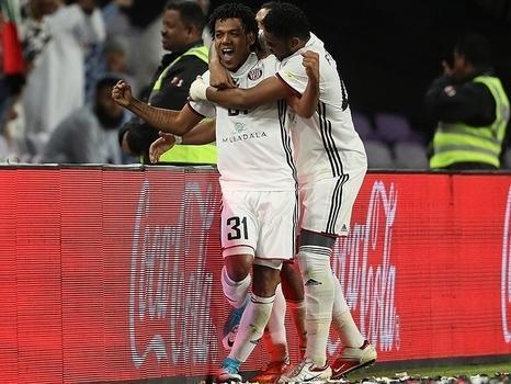 Ex-Corinthians garante vitória do Al-Jazira no Mundial de Clubes
