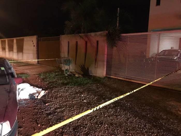 Pai e filho são assassinados por vizinho após desentendimento