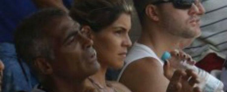 Ex-jogador Romário decide terminar com loira 20 anos mais jovem