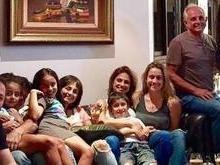 Fernanda Gentil conhece a família da namorada: 'Surpresa deu certo'