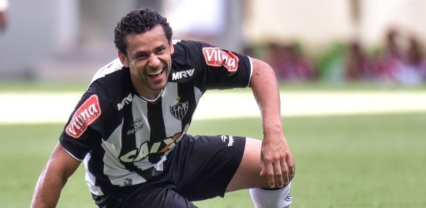 Atlético-MG busca resultado no 2º tempo e garante liderança