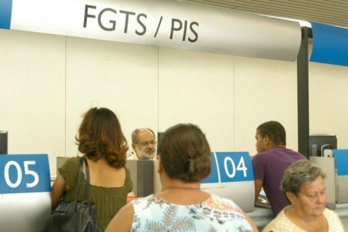 Cerca de 55% das contas inativas do FGTS têm até R$ 500
