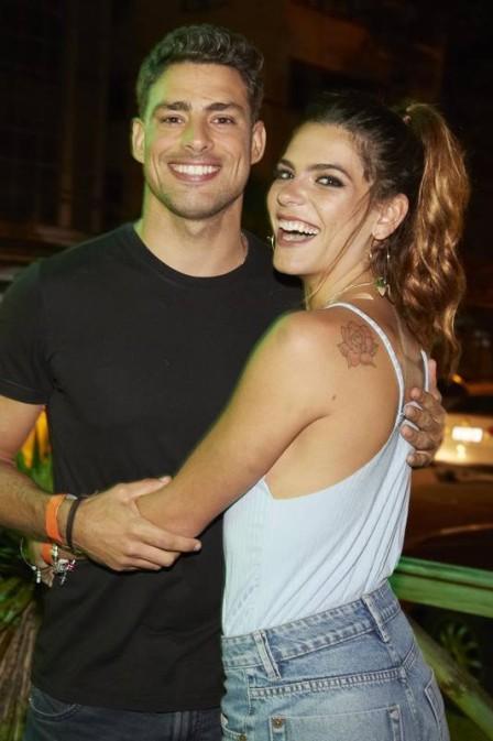 Namorada de Cauã Reymond ganha fama de antipática entre os vizinhos