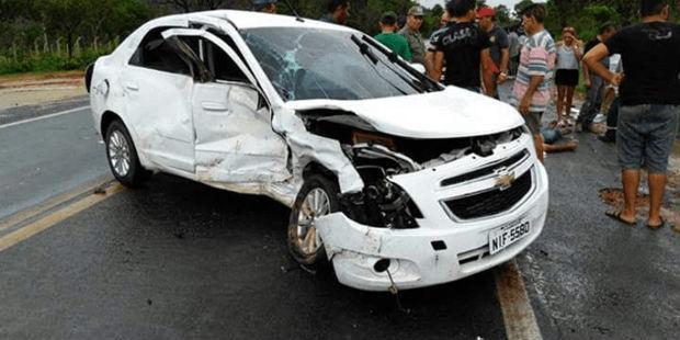 Veículo envolvido no acidente na BR-316 (Crédito: Div ulgação)