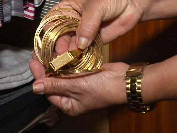 Falsa doméstica furta R$40 mil em joias no primeiro dia de trabalh