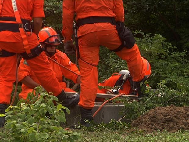 Corpo do advogado doi achado cimentado dentro de poço