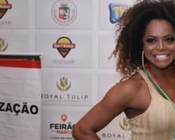 Famosos vão à feijoada da Grande Rio, em hotel na Zona Sul carioca