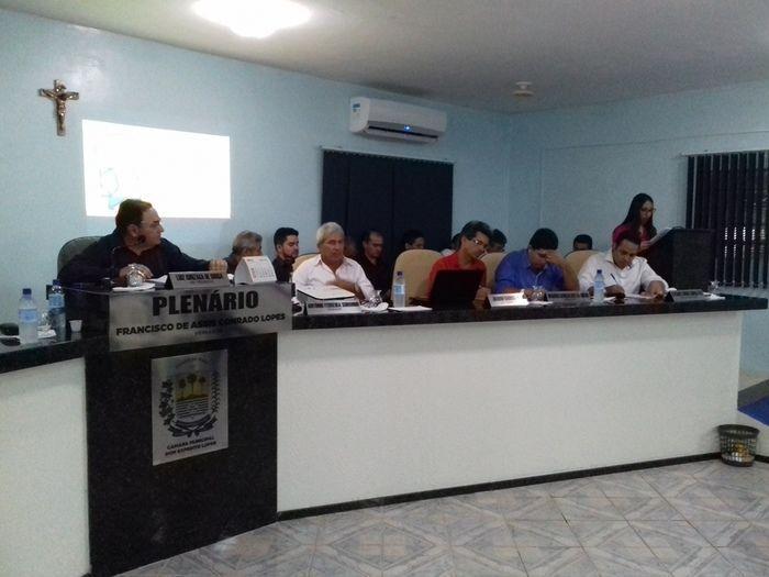 Prefeito Valmir Barbosa abre trabalhos na Câmara Municipal - Imagem 17