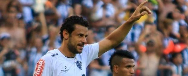 9ef021eeba Fred marca 3 gols e Atlético-MG goleia em clássico e abre vantagem