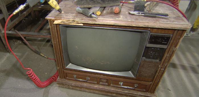 Dinheiro foi encontrado dentro do aparelho de TV
