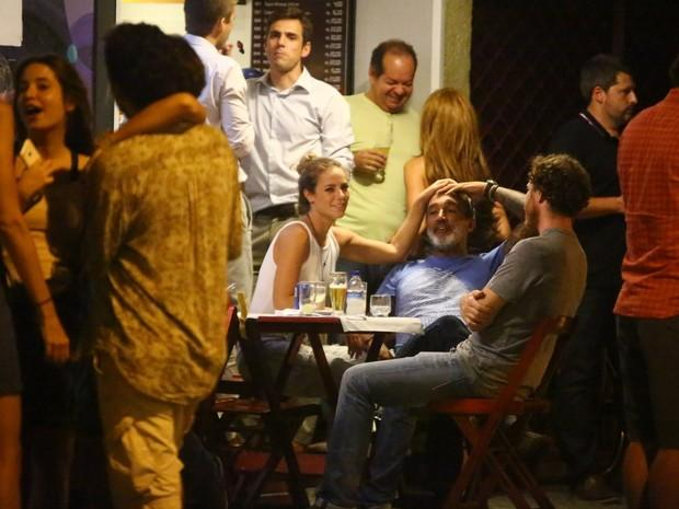 Paolla Oliveira curte noite romântica com o noivo no Rio de Janeiro (Crédito: Ag. News)