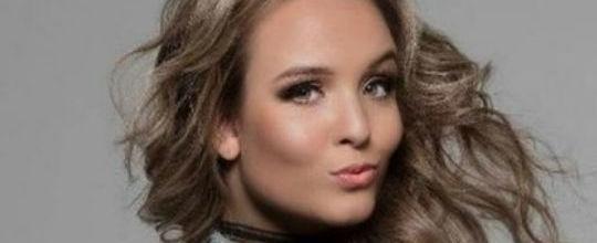 Larissa Manoela se machuca e cancela gravação com Fernanda Souza